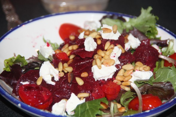 SaladReadyToServe02