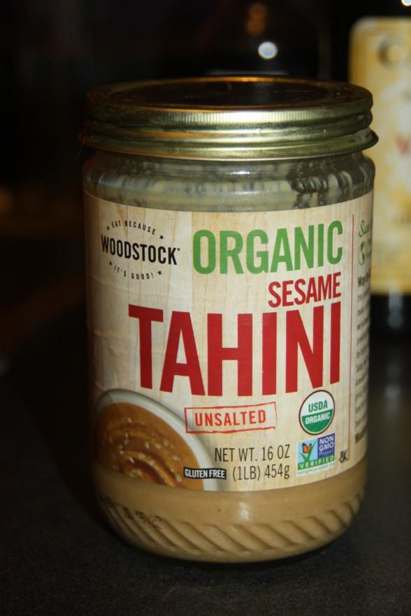 Tahini, ou tahine, como se vê em supermercados.